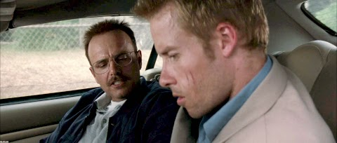 memento-guy-pearce-joe-pantoliano