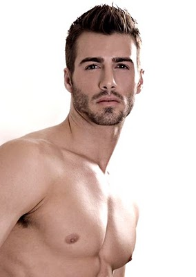Fashion Accessories: American hot and sexy model justin clynes