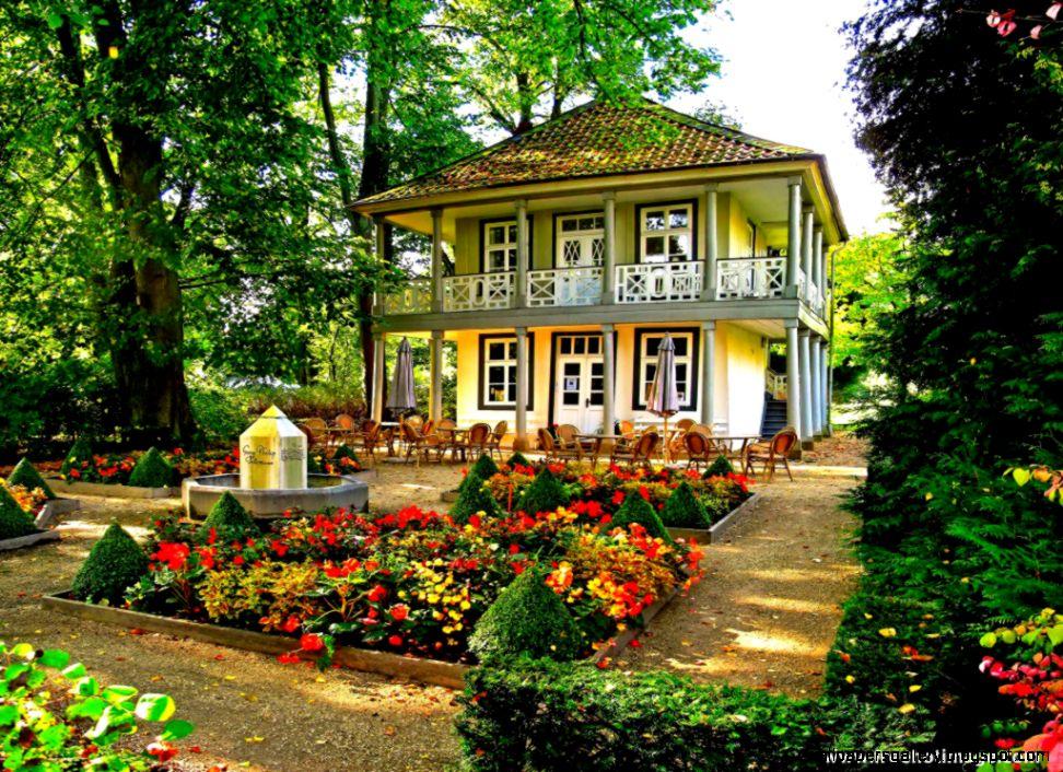 Beautiful Flowers Garden House   The Best Flowers Ideas