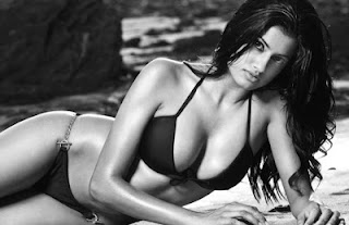 Indian Model Sophie Sidhu Hot Bikini Photos