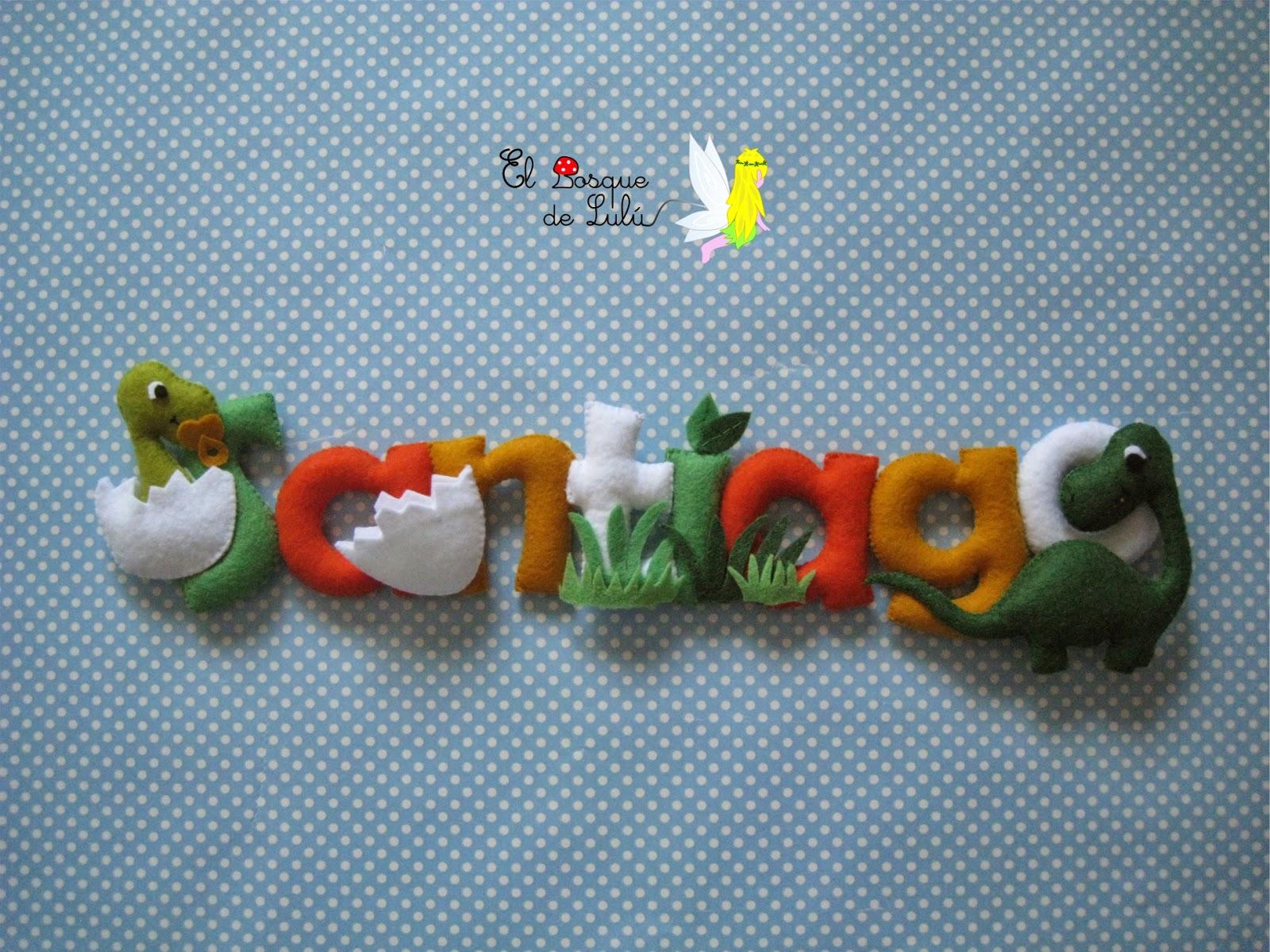 nombre-letero-de-fieltro-en-fieltro-decoración-infantil-dinosarurios