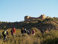 Enfilant-nos per la carena cap al Fortí del Serrat del Maurici