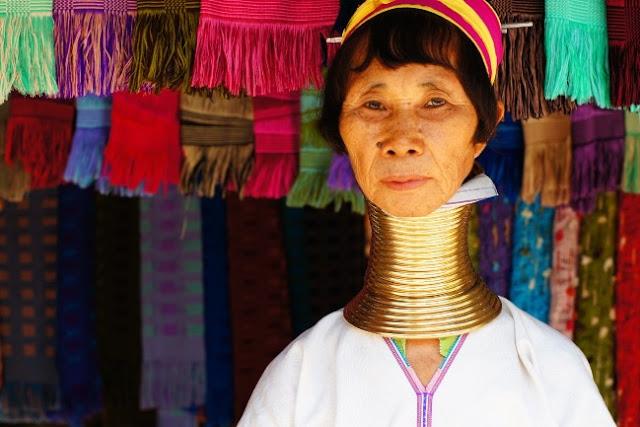 myanmar Birmania tailandia Lago Inle turismo responsable sostenible mujeres jirafa
