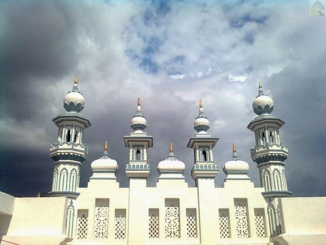 Nim Tali Masjid - Varanasi - UP