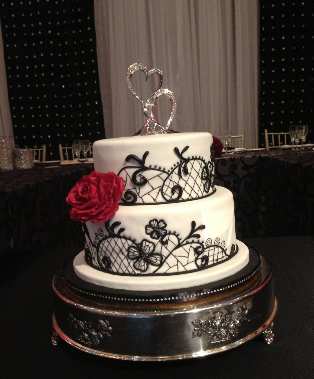 MaryMel Cakes Black white & red wedding