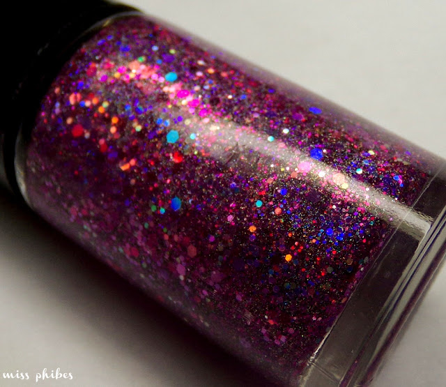 Black Widow de Esmaltes da Kelly