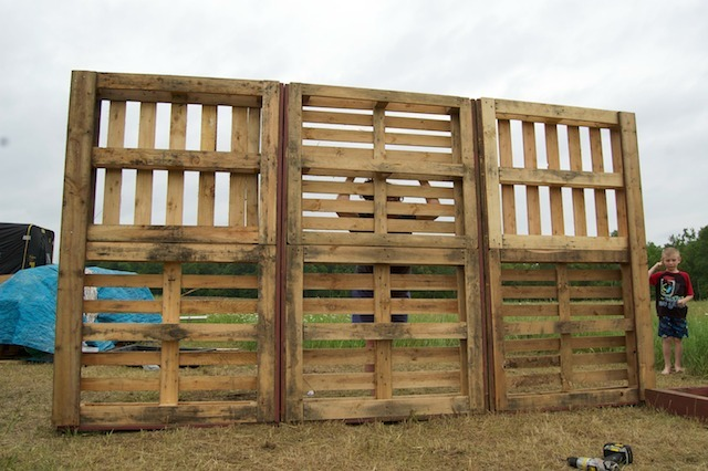 ... re building a storage shed future sheep barn out of wood pallets we ve