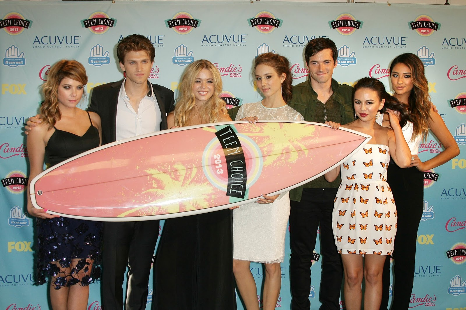 Teen Choice Awards 2013:pilation Of Photos And Videos Of The Pll Cast All  Things How To Eat Fried Worms