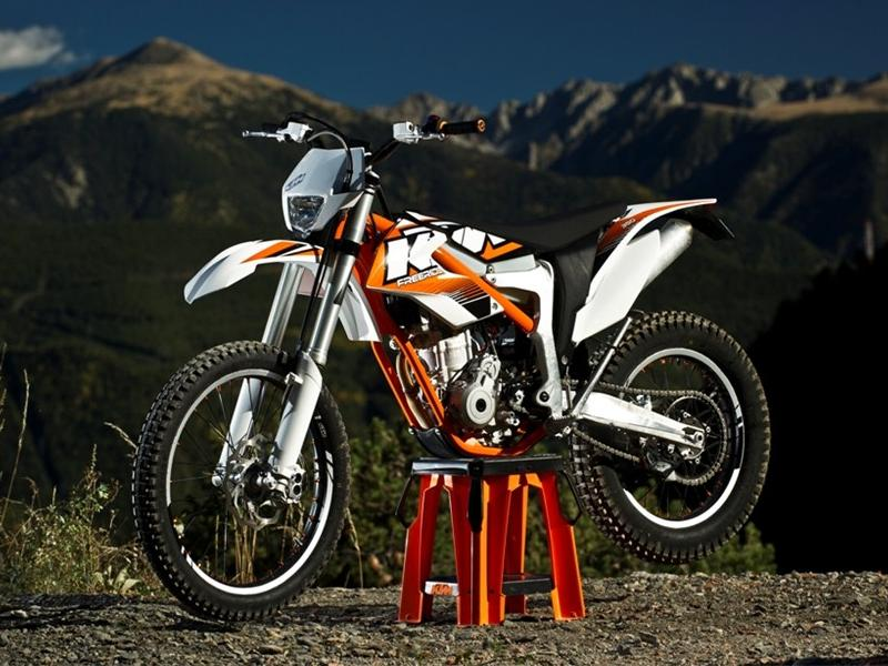 KTM Freeride E photo wallaper