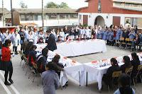 FOTOS  DE LA SIMULTÁNEA DE GM MOROVIC EN LICEO NSP Lunes 26 sep.2011