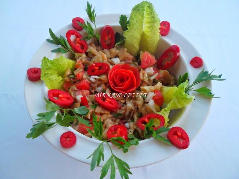 resimli közlenmiş patlıcan salatası