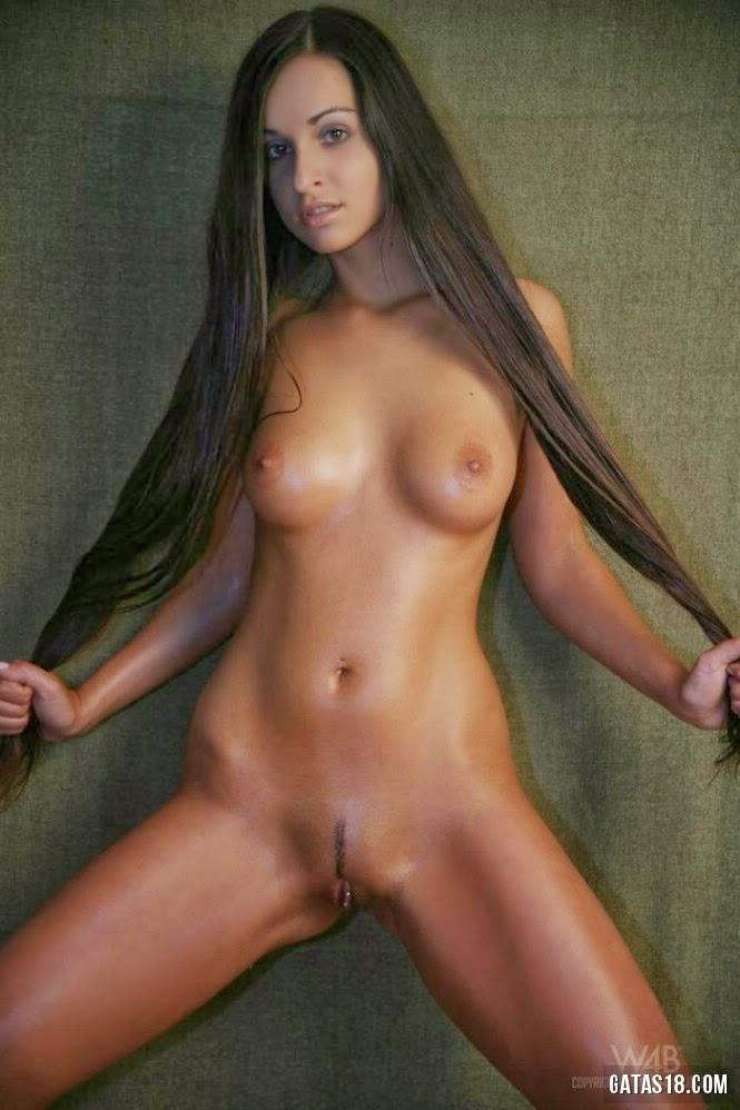 Roanne Milana Pussy Nude