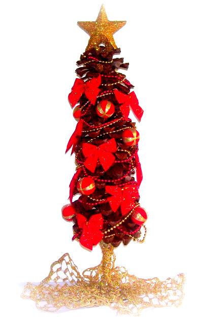 Arbol navidad pequeño con piñas de pino y frutos secos (pinecone)