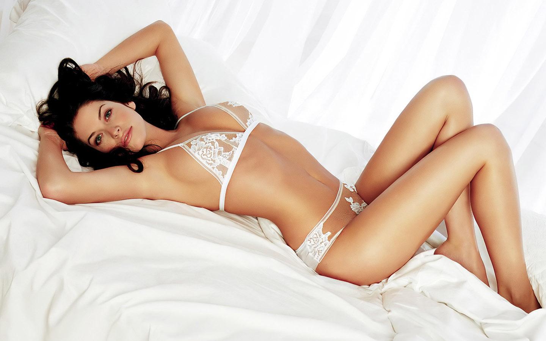 http://3.bp.blogspot.com/-EFLES3jU7vs/T3_6_uvnhRI/AAAAAAAAAgY/Z-HJDgzRK9s/s1600/a-super-body-girls-wallpapers.jpg