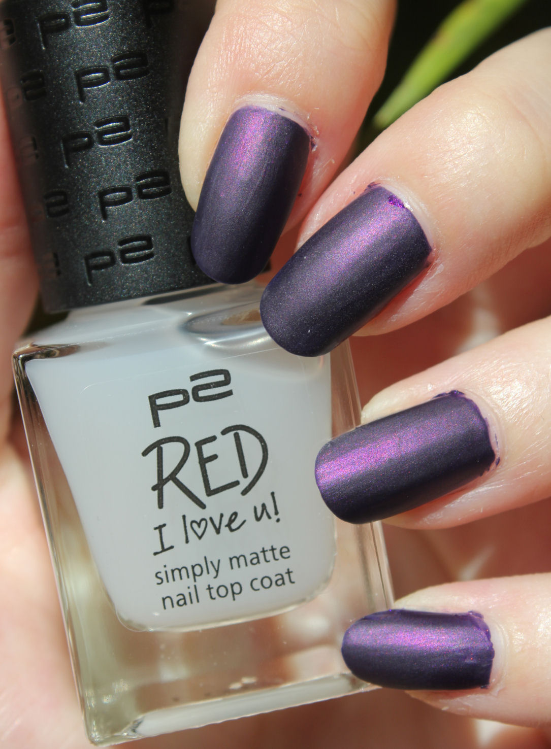p2 red i love u simply matte nail top coat dupetest lacquediction. Black Bedroom Furniture Sets. Home Design Ideas