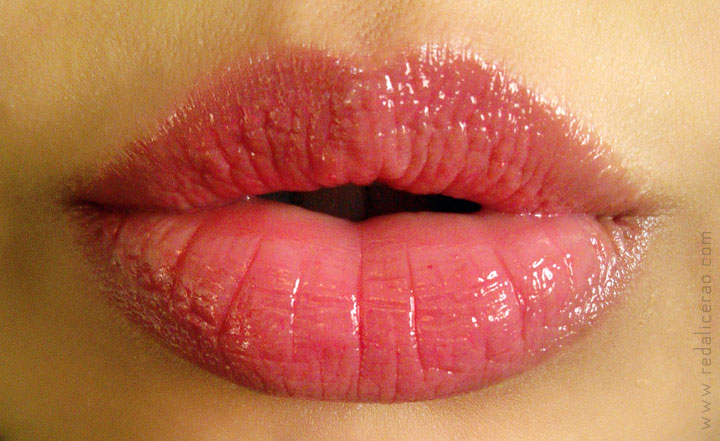 GUERLAIN Maxi Shine Lip Gloss D'enfer, Guerlain, Candy strip, Sexy pout, Fruity lips, juicy lips, Lips, Guerlain Beauty, Lip gloss lover, Best Lip Gloss ever, Beauty blog, Makeup, Makeup Blog, Scentsation, Sephora, Guerlain classic, Classic makeup, redalicerao
