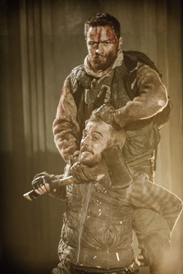 James McAvoy (Macbeth) & Kevin Guthrie (Lennox) in Macbeth, Trafalgar Studios, Photo Johan Persson
