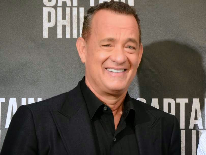 """<img src=""""http://3.bp.blogspot.com/-EFjVcdsFSt8/U90FldAVBrI/AAAAAAAAAaE/g4tGPRwPpDs/s1600/tom-hanks.jpg"""" alt=""""Richest Actors in the World"""" />"""