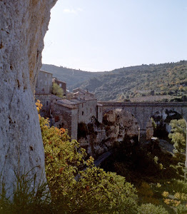 Another view of the town of Minerve
