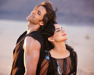 krrish-3-lovely-and-romentic-poster