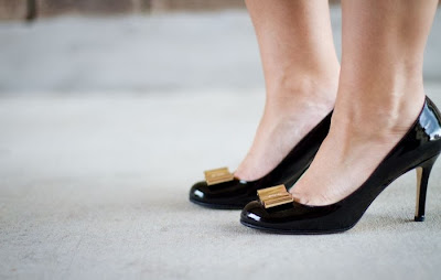 Fashion Staple For Every Woman: The Black Pump