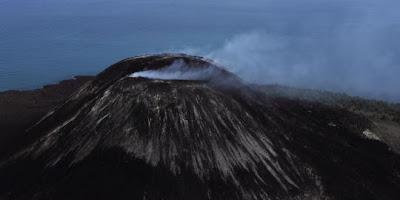 Peringatan 7 Gunung api di Indonesia dalam status siaga