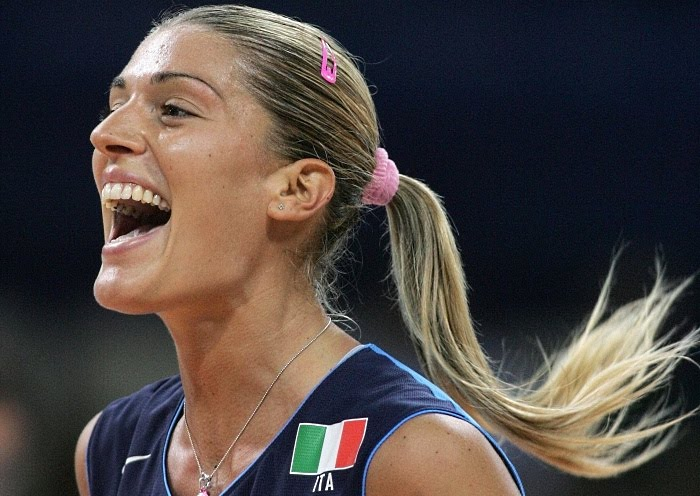 volleyball wallpapers. Italy female Volleyball Player
