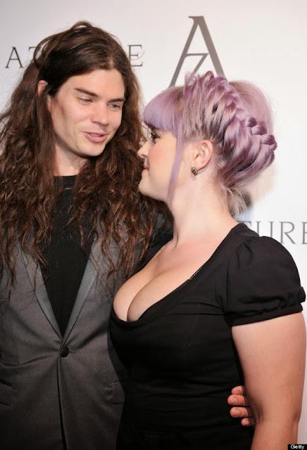 Kelly Osbourne Adds A Touch Of Edge with Ocanrf Sairutsa