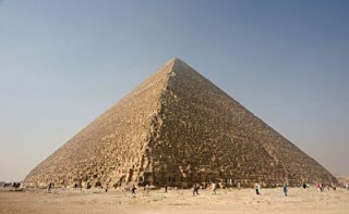 http://3.bp.blogspot.com/-EGbA_kr2T58/UFxynx-MNUI/AAAAAAAAOF4/xHm0-dniyAs/s400/pyramid.jpg