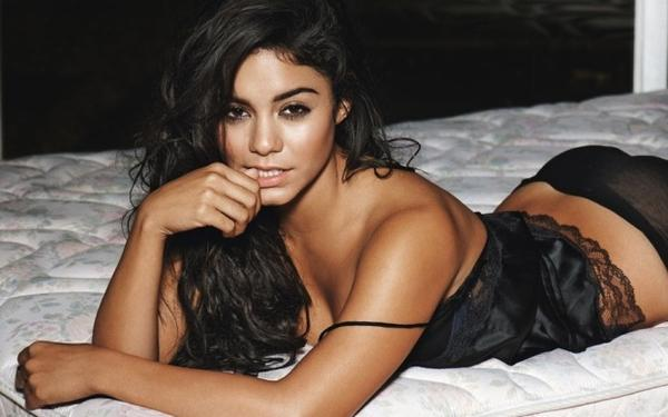 pic Controversial vanessa hudgens nude