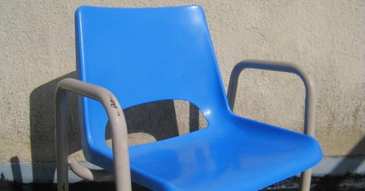 les dedees vintage recup creations petit fauteuil enfant vintage grand bleu by anne. Black Bedroom Furniture Sets. Home Design Ideas