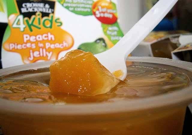 childrens lunch box fruit in jelly
