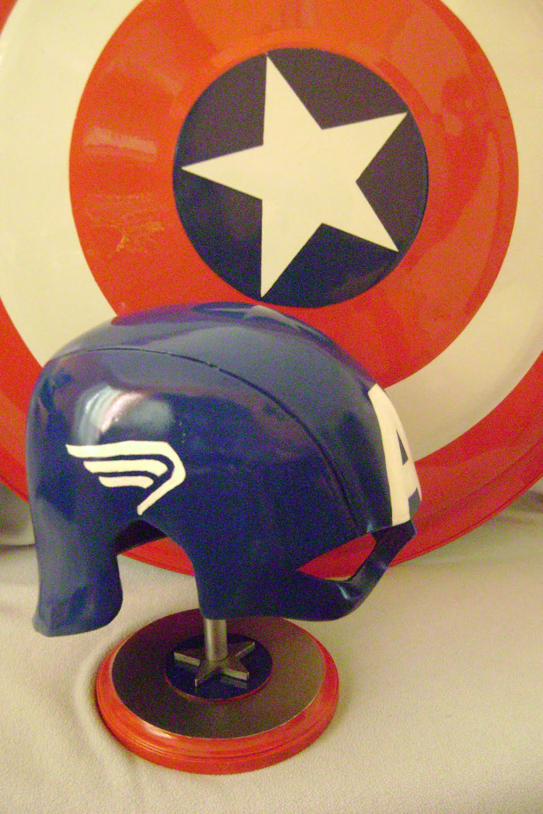 captain america new movie on Savageworld  The New Captain America Helmet From 2011 Movie