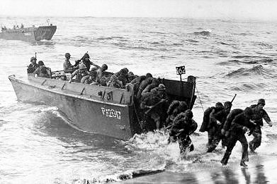 d day invasion boats  THE HIGGINS BOAT OF D-DAY