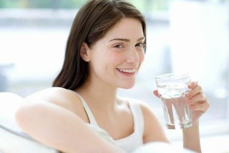 Uống nước giúp giảm cân rất tốt