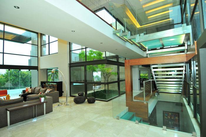 Livings minimalistas en doble altura minimalistas 2015 for Casa minimalista living