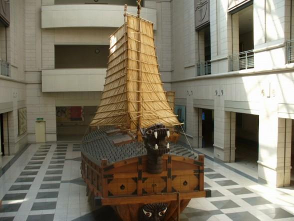 Gambar Kapal Layar Kura-Kura di pamerkan di Museum