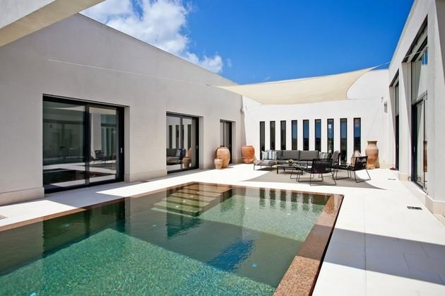 rumah mewah dengan suasana outdoor modern desain rumah