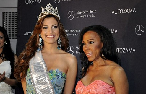 Carlina Duran was dethroned. Dulcita Lieggi Francisco is the new Miss Republica Dominicana Universo 2012