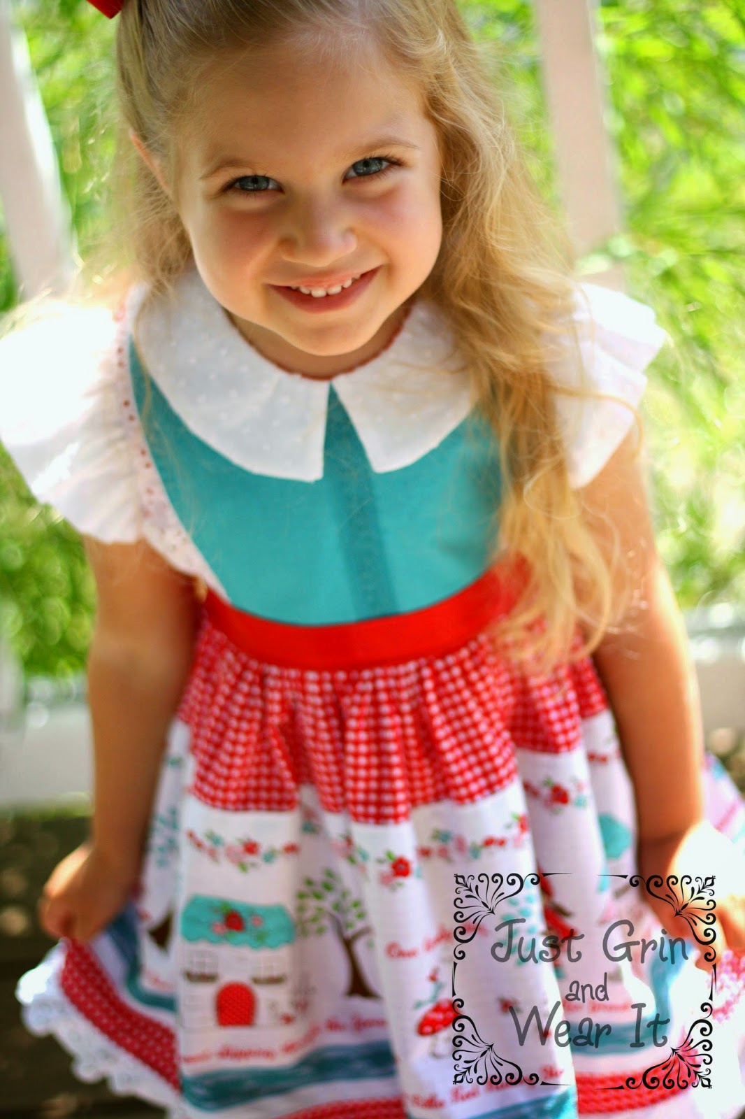 Georgia Vintage Dress Pattern Review- See my Red Riding Hood Version | www.justgrinandwearit.blogspot.com