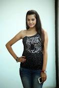 Diksha Panth Glamorous photos-thumbnail-15