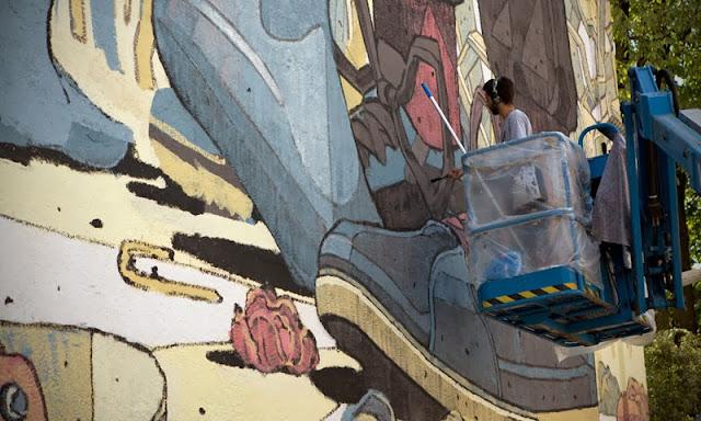 Street Art By Spanish Artist Aryz For Positive Propaganda In Munich, Germany. 6