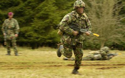 Guerra biológica? Empresa de segurança americana vai treinar militares e policiais para o 'Apocalipse Zumbi'