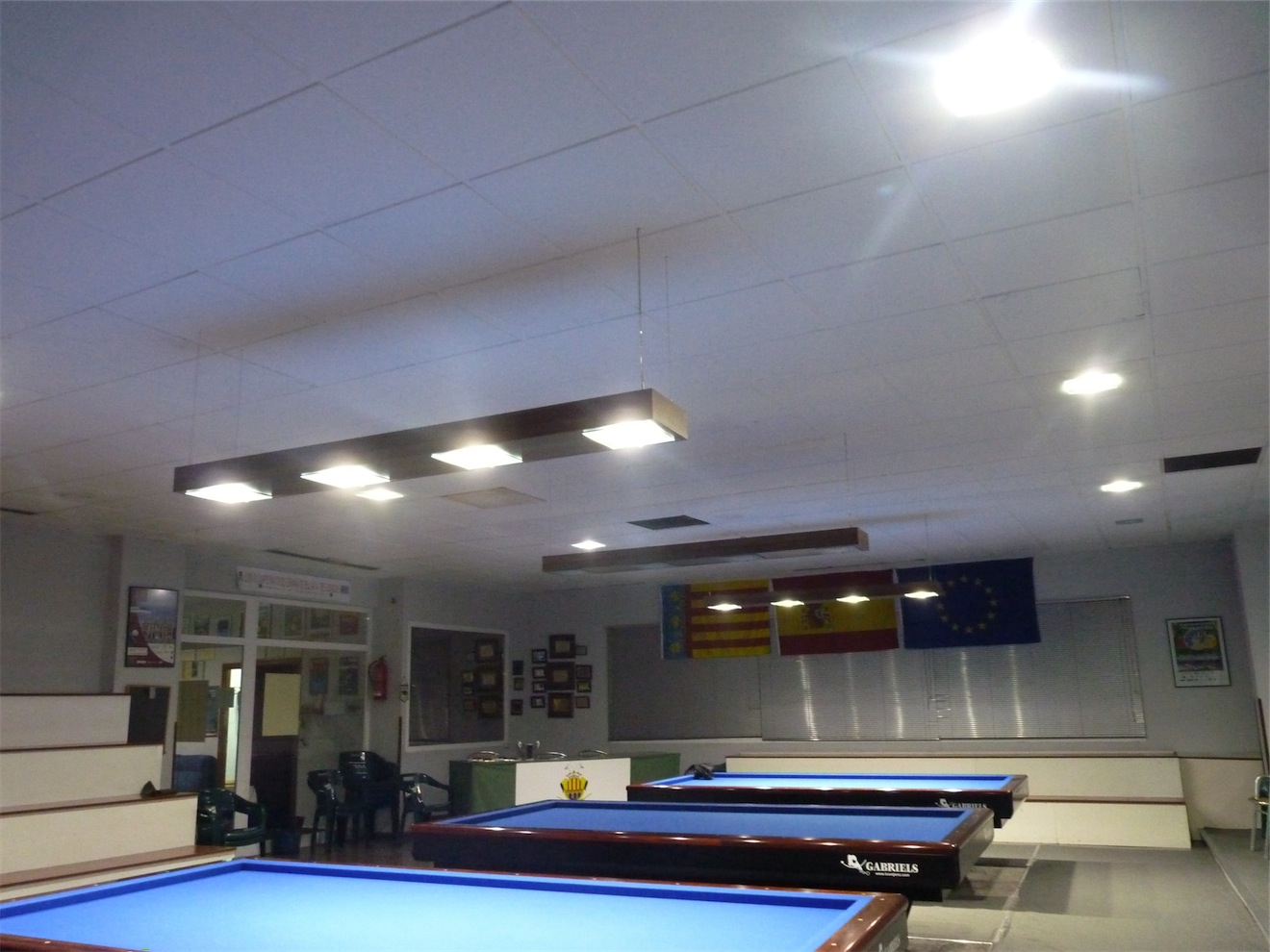 Efecto contrario click light tecnolog a led para el billar - Iluminacion con led ...