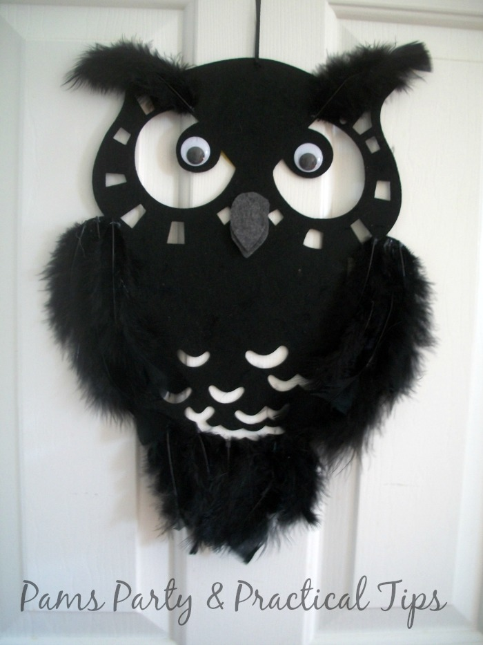 Feather Owl hanger for Halloween