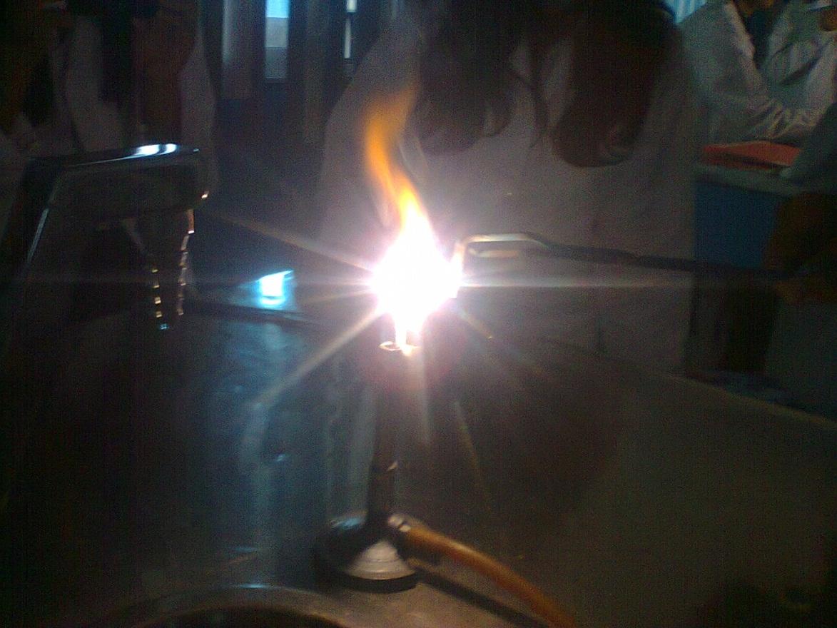 Oxidación de una cinta de Magnesio   CETMAR O7 Grupo 11B3 Equipo 01