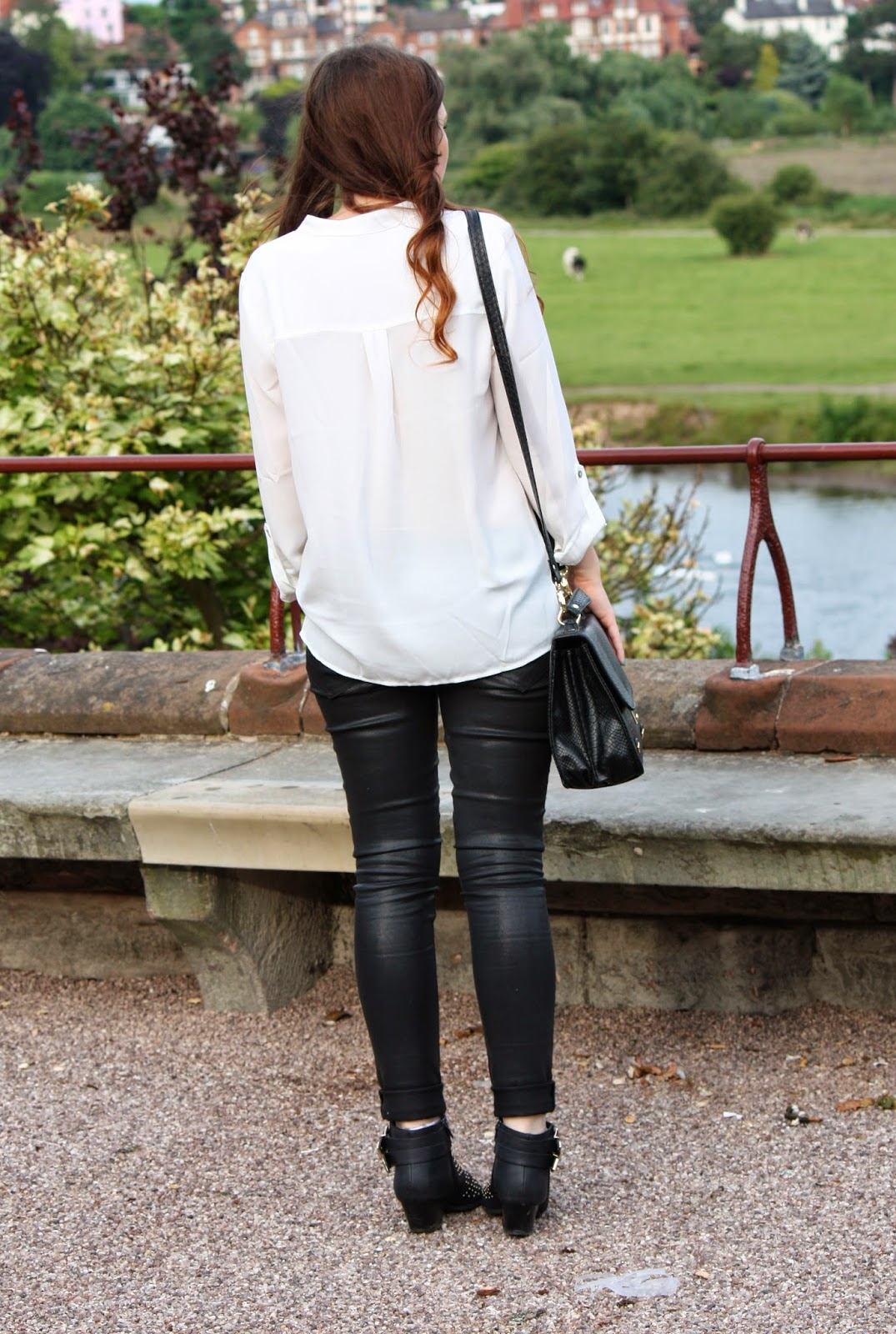 forever 21 shirt, all saints jeans, forever 21 boots, back ootd photo