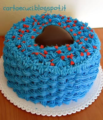 http://cartaecuci.blogspot.it/2012/07/torta-puffosa.html
