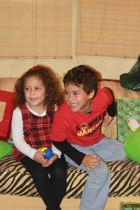 Jumi and Dido Xmas 2010