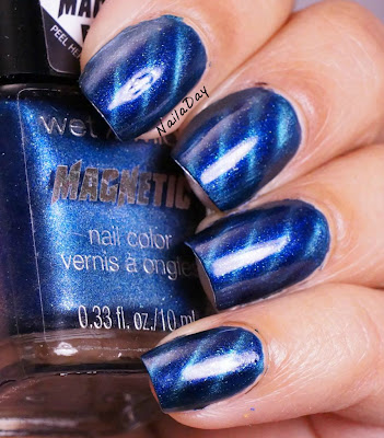 NailaDay: Wet n' Wild Magnetic Don't Break the Circuit